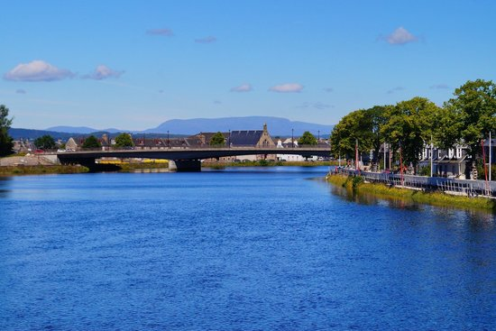 Atholdene House: River Ness