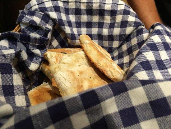 Da Eraldo: Unique flatbread made on pan.