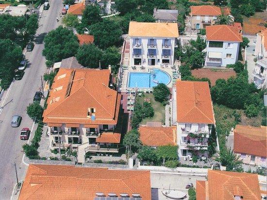 Theodora Studios And Apartments