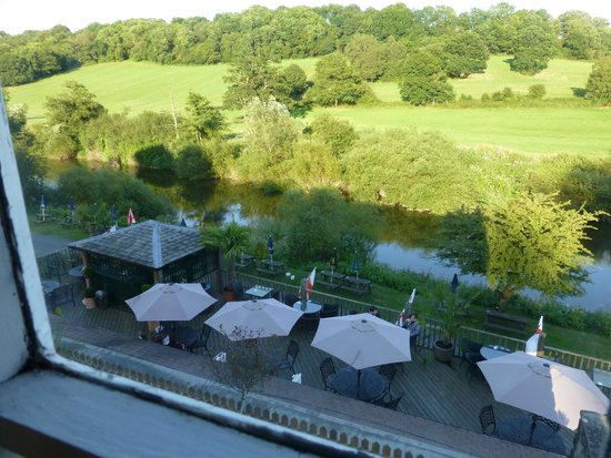 The Ship Inn: River Severn from the bedroom window