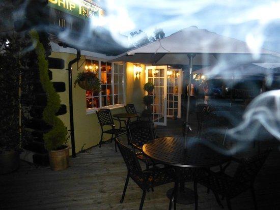 The Ship Inn: Decking area (smoke optional  ;)  )
