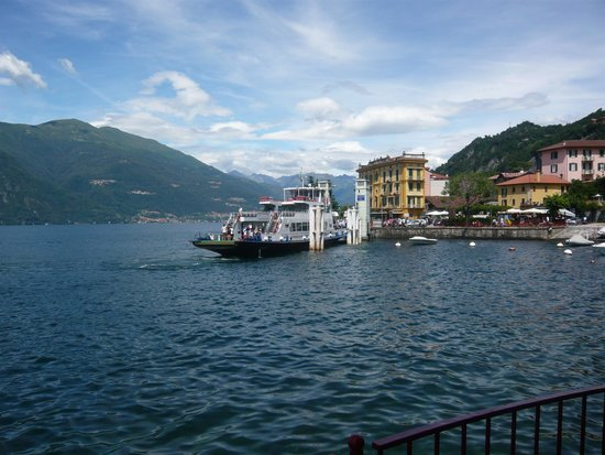 Hotel Villa Cipressi: Ferry and water taxi