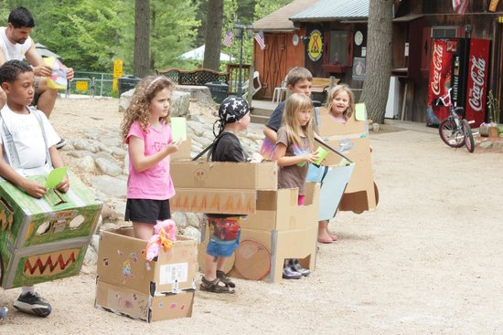 Chocorua KOA: Recreation - Themed Weekends - NASCAR Box Races
