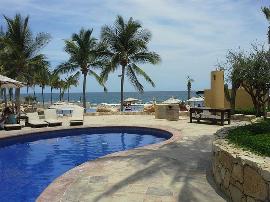 Grand Fiesta Americana Los Cabos All Inclusive Golf & Spa: View from the club pool