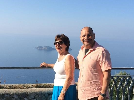 Iaccarino Sorrento Limousine Service: Us on the tour thanks for the memories