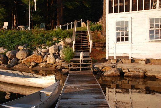 Wolf Cove Inn: View from the pier of the boat house