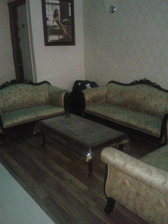 Treebo Rockwell Plaza : Lobby