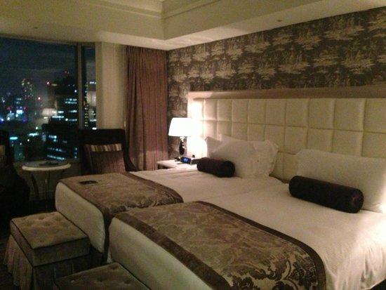 InterContinental Hotel Tokyo Bay: Large bedroom