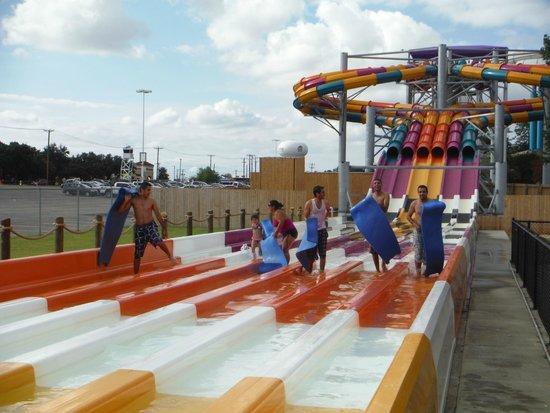 Arlington, TX: Water slides - Wahoo Racer