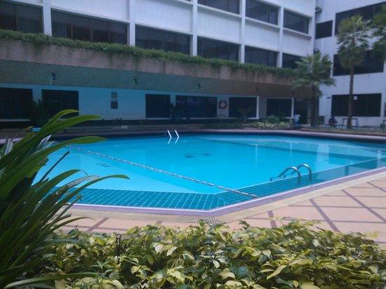 Asia Hotel Bangkok: Piscine du bas