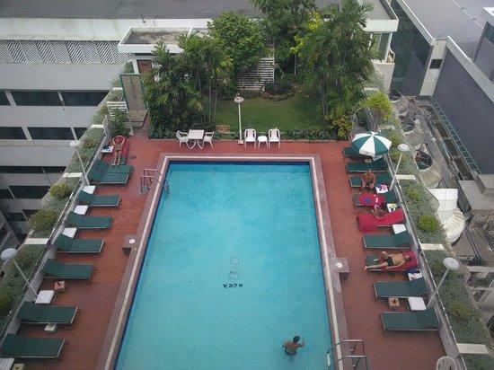 Asia Hotel Bangkok: Piscine du haut