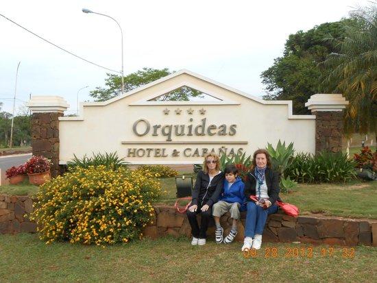 Orquídeas Hotel & Cabañas: Frente del Hotel