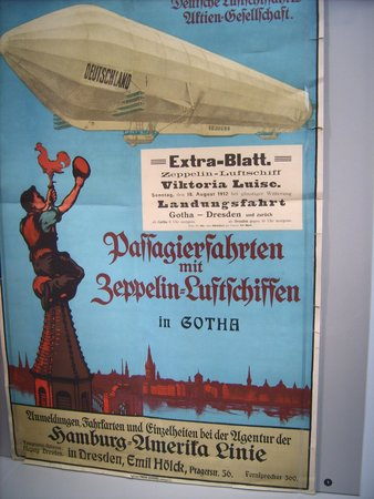 Zeppelin Museum: Plakat von früher