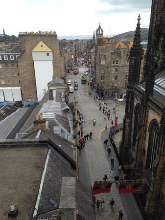Camera Obscura et World of Illusions : A View Down The Royal Mile