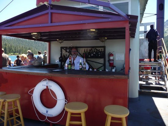 Tahoe Queen : The bar on top of the boat