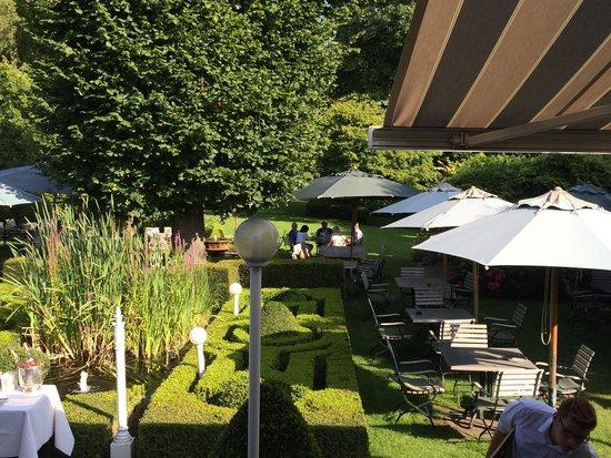 Tuin terras van de bistro orangerie foto van hotel geerts westerlo tripadvisor - Alle tuin ...