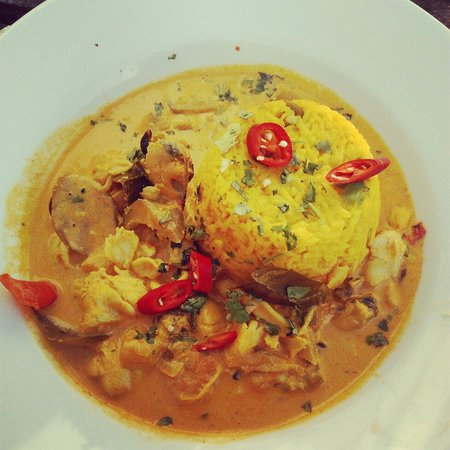 The Phoenix: Seafood Curry