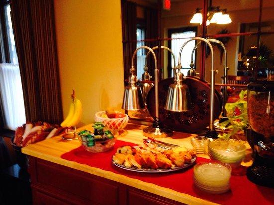Iowa House Hotel - Ames: Breakfast