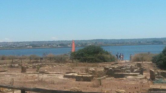 Isola di Mozia (Mothia)/ San Pantaleo : Alzi li guardo e vedi ....