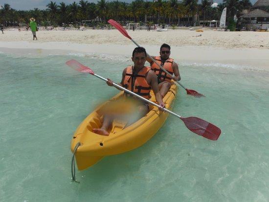 Hotel Riu Lupita : Kayak en el Riu Lupita