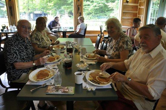 Wheelers Pancake House and Sugar Camp: Enjoying our Brunch