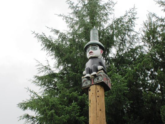 Totem Heritage Center: Funny