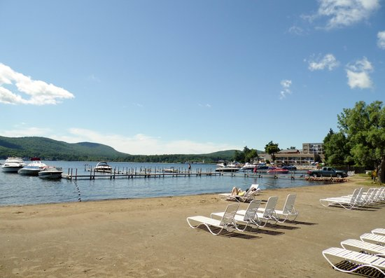 Scotty's Lakeside Resort: Lounge Chairs