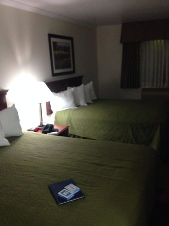 BEST WESTERN Salinas Monterey Hotel: La camera per 4