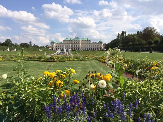 Belvedere Palace Museum : View from the Garden