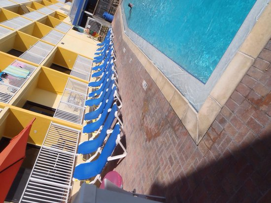Bilmar Beach Resort : Pool deck