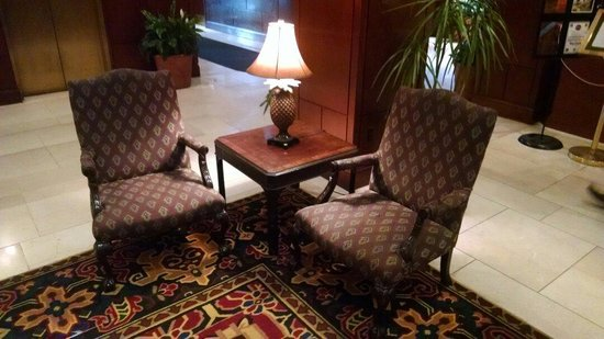 Hilton Harrisburg: Two of the four lobby chairs