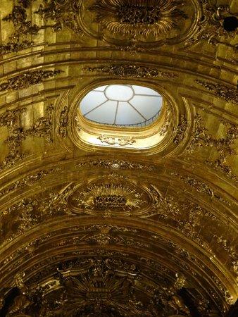 Sao Bento Monastery : Side chapel ceiling