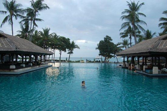 INTERCONTINENTAL Bali Resort : Main Pool