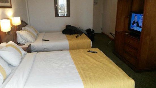 InterTower Hotel : Habitacion