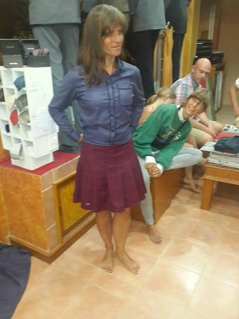 Ash Tailor Samui : scottish skirt with designer shirt