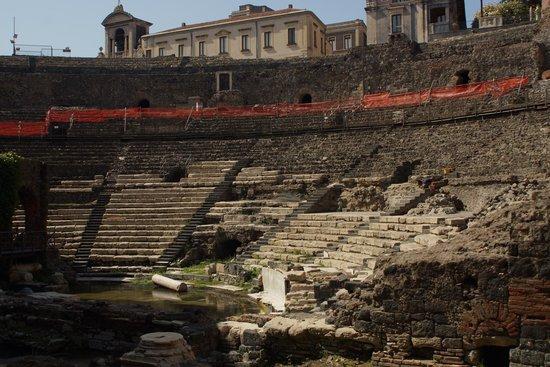 Parco Archeologico Greco Romano di Catania: Greco/Roman Theatre Catania