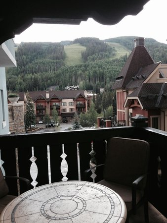 Arrabelle at Vail Square, A RockResort : Vail Mountain from our balcony