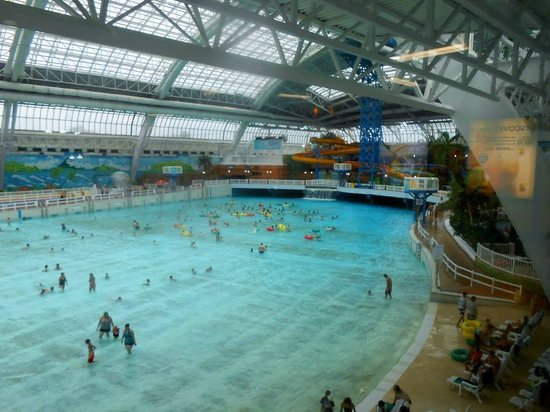 World water park wave pool picture of world waterpark - Splash wave pool public swim hours ...