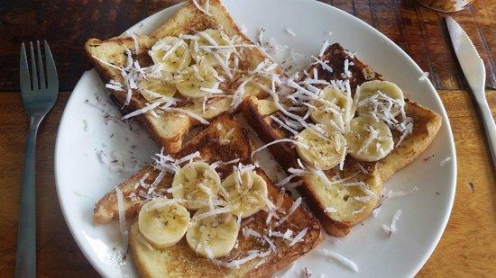 Gecko Cafe: Toast banane - coconut