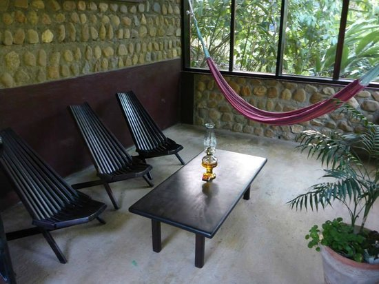 duPlooy's Jungle Lodge: Our screened in patio