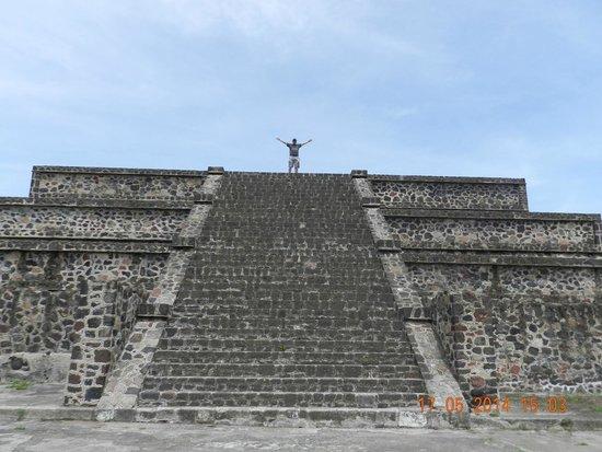 Teotihuacan : Calzada de los Muertos