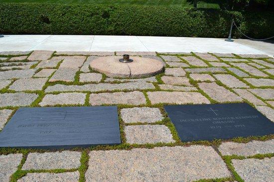 Arlington National Cemetery: Eternal Flame for JFK