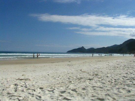 Lopes Mendes Beach: dia en lopes mendes