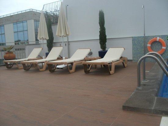Hotel Madeira: Sun loungers