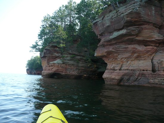 Living Adventure, Inc: Lake Superior Sea Caves
