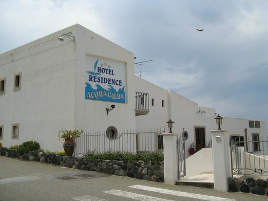 Hotel Residence Acquacalda: esterno strada
