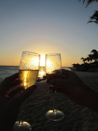 Divi Aruba All Inclusive: A marriage filled with beautiful sunsets.