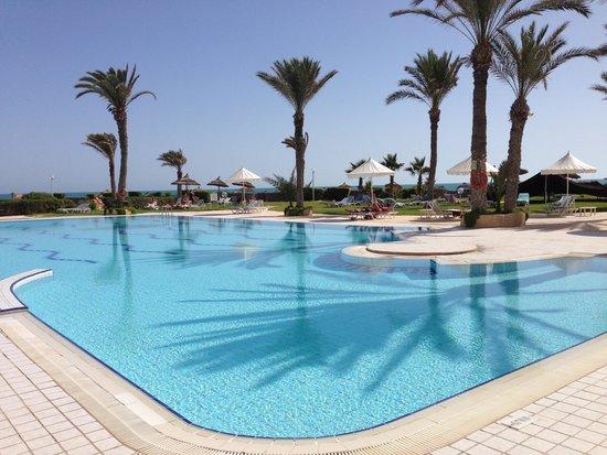 Al Jazira Beach & Spa: La piscine animée