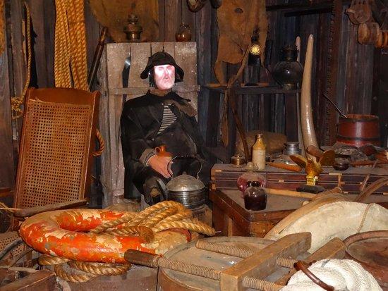 Key West Shipwreck Treasure Museum : inside