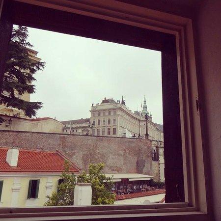 Arpacay Backpackers Hostel Prague: La vista desde la ventana de mi habitación.